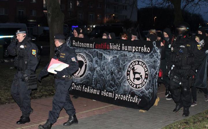 Megemlékező menet Ostravában. Kép: a2larm.cz